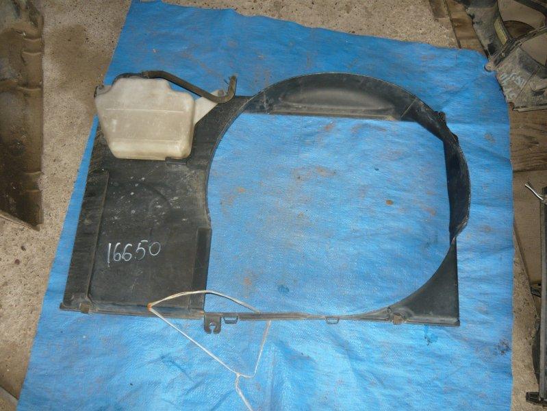 Диффузор радиатора Toyota Crown JZS155 2JZ