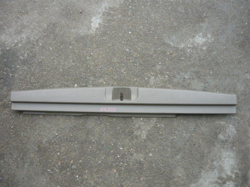 Накладка замка багажника Subaru Lancaster BHE