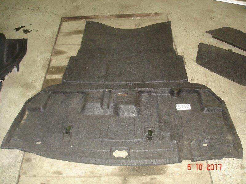 Обшивка багажника Toyota Crown GRS180