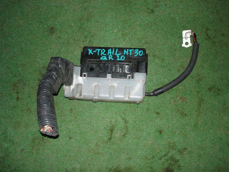 Блок предохранителей Nissan X-Trail NT30 QR20