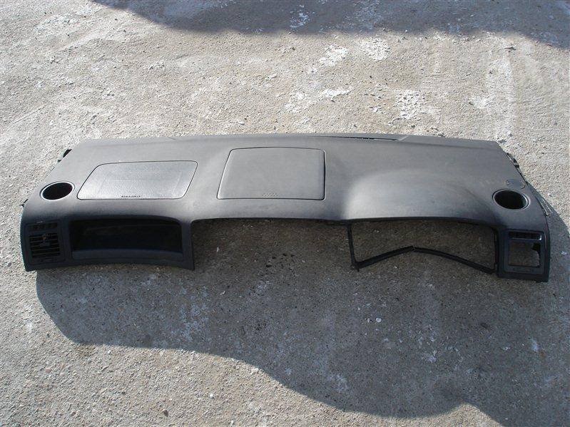 Торпедо Toyota Corolla Spacio NZE121