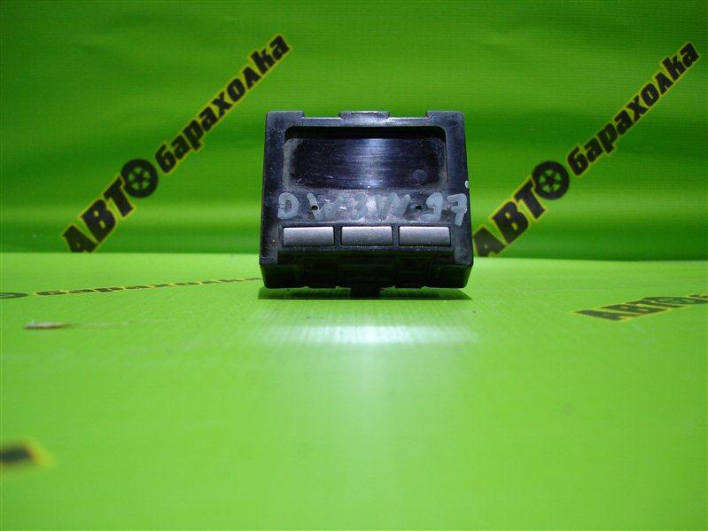 Часы Mazda Demio DW3W