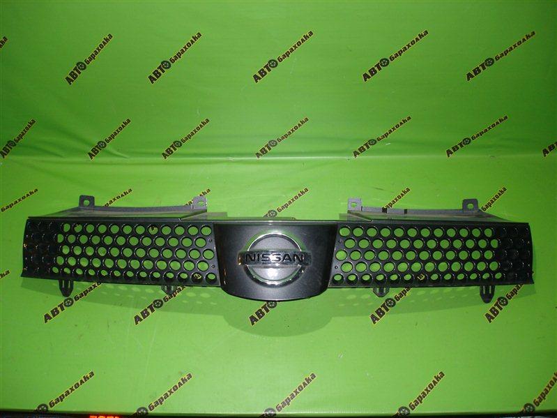 Решетка радиатора Nissan Lafesta B30