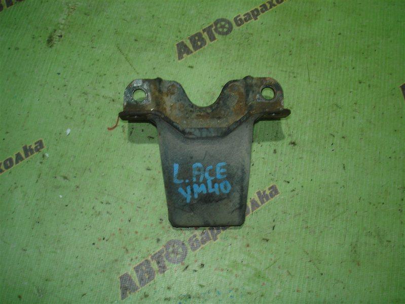 Отбойник Toyota Liteace YM40 3Y задний левый