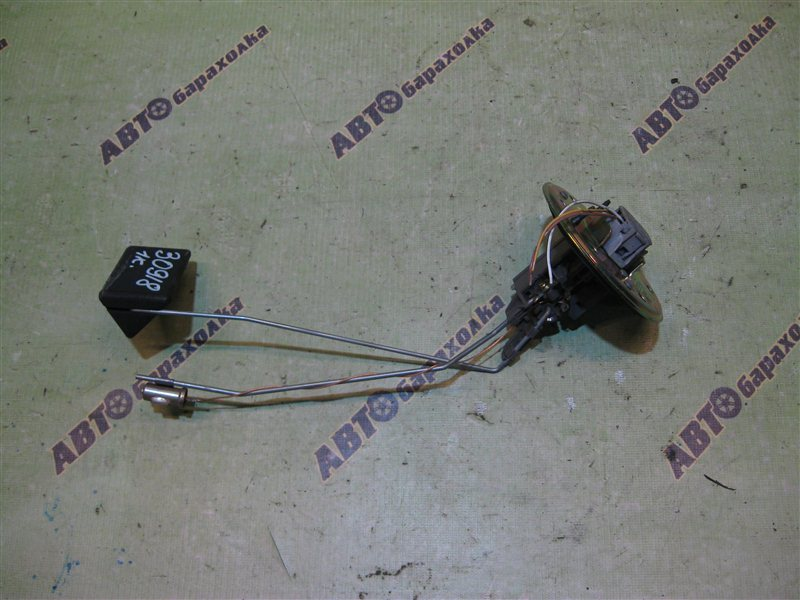 Датчик уровня топлива Toyota Chaser GX100 1GFE