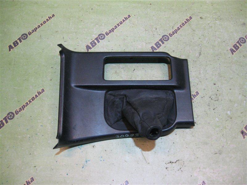 Консоль кпп Toyota Hilux Surf RZN185