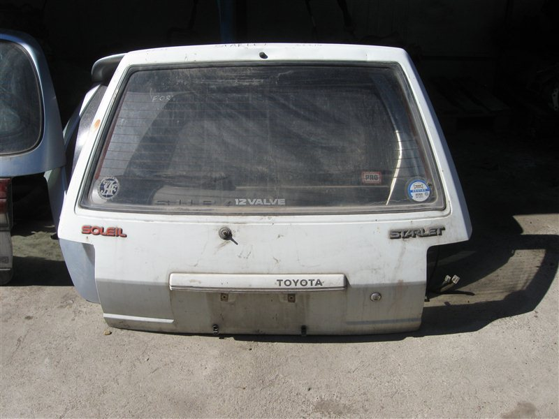 Дверь 5-я Toyota Starlet EP71 задняя
