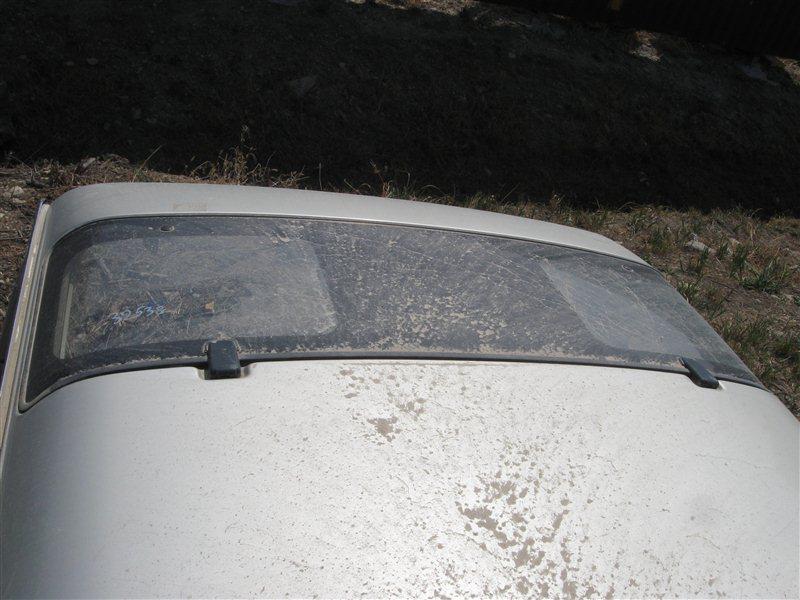 Люк Toyota Hiace KZH106 задний