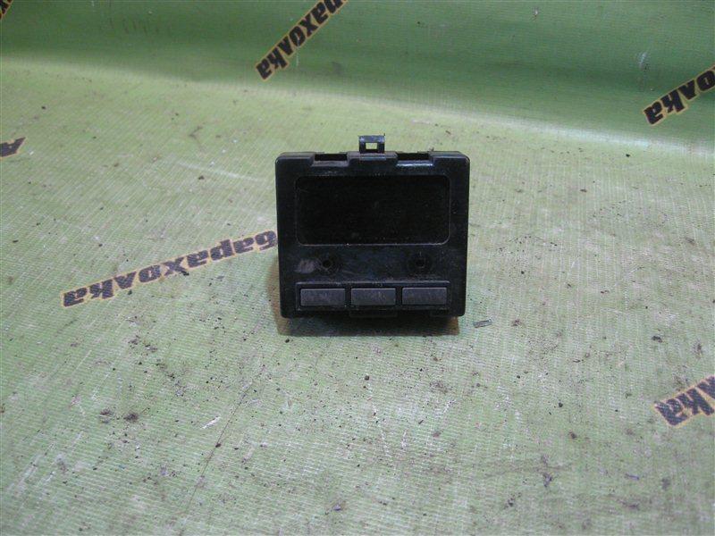 Часы Toyota Carina AT170