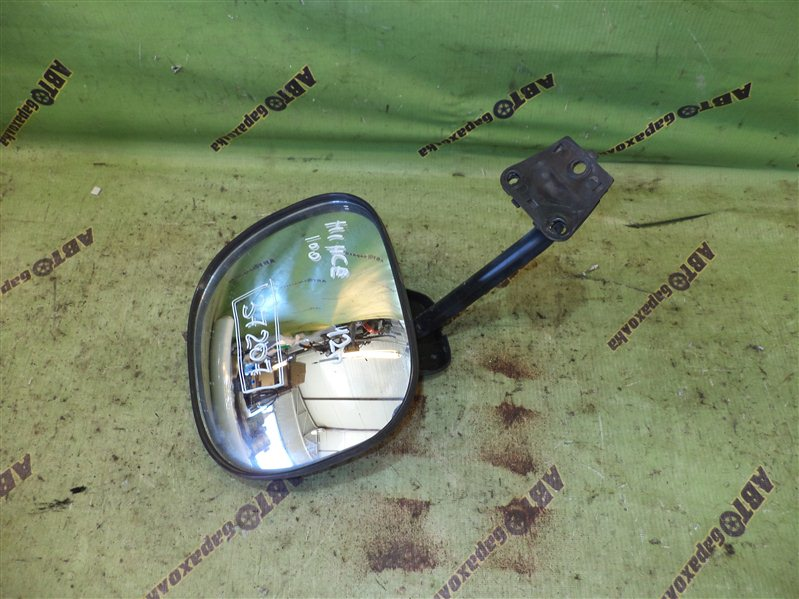 Зеркало с пятой двери Toyota Hiace RZH100