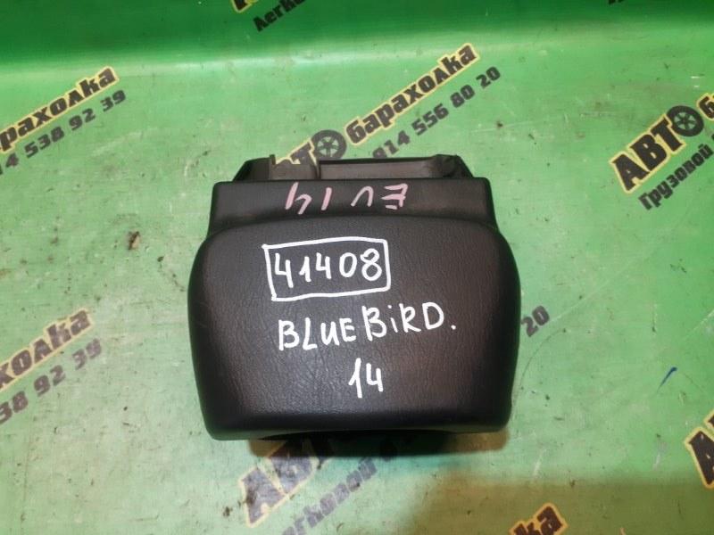 Кожух рулевой колонки Nissan Bluebird EU14