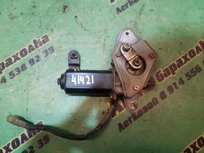 Моторчик заднего дворника Toyota Hiace LH119 3L