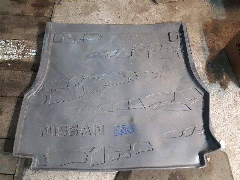 Коврик багажника Nissan