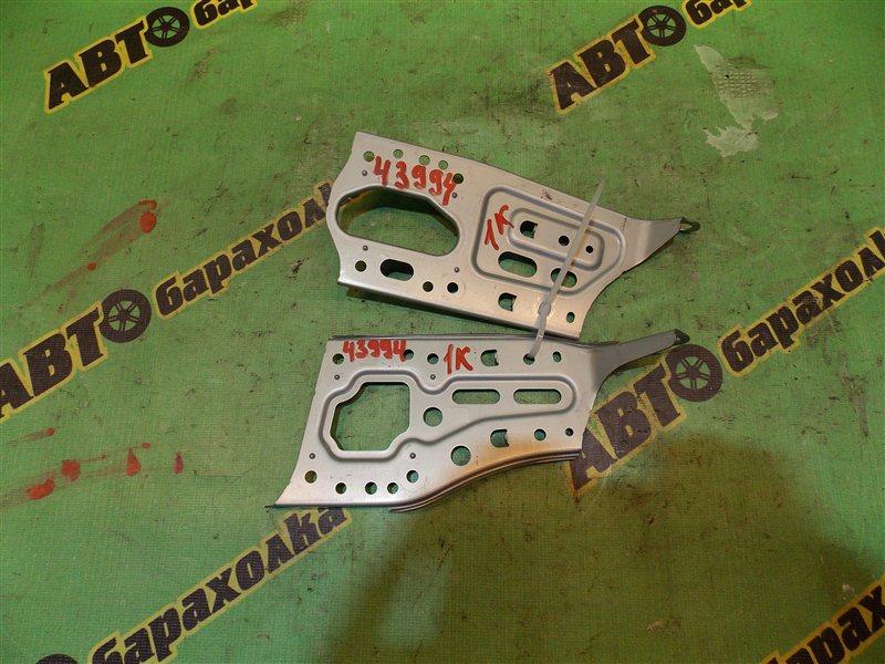 Крепление магнитофона Toyota Chaser GX100 1G-FE