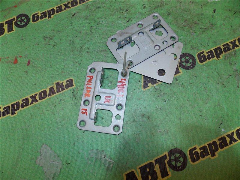 Крепление магнитофона Nissan Pulsar FN15 GA15
