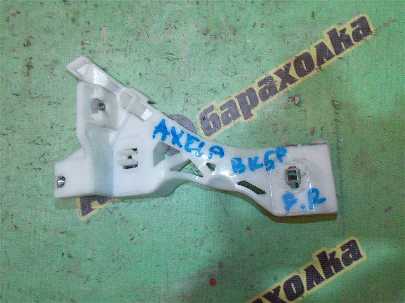 Крепление бампера Mazda Axela BK5P ZY переднее правое