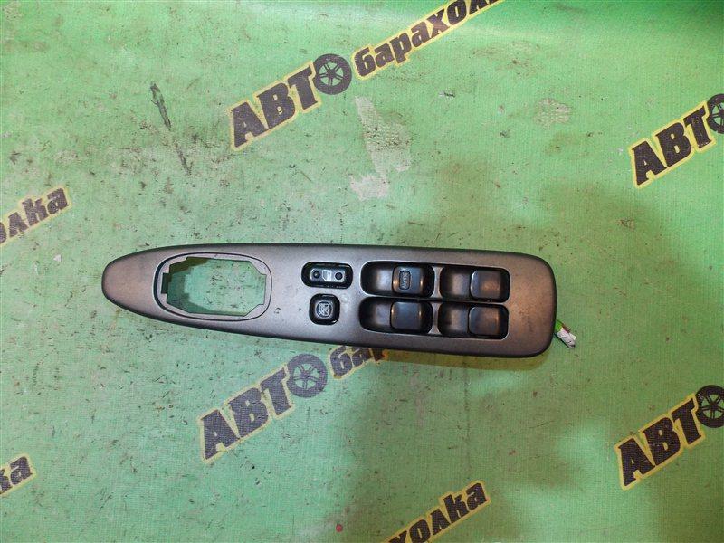 Пульт стеклоподъемника Toyota Altezza GXE10 1G-FE (BEAMS) передний правый