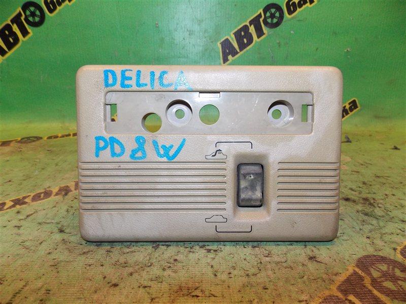 Кнопка открытия люка Mitsubishi Delica P25W 4D56