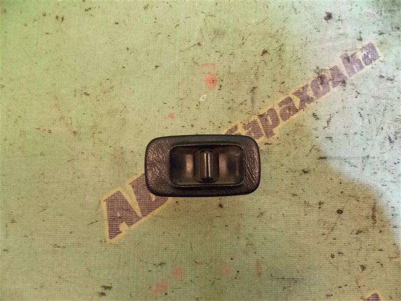 Кнопка стеклоподъемника Toyota Corona ST190 3S-FE задняя правая