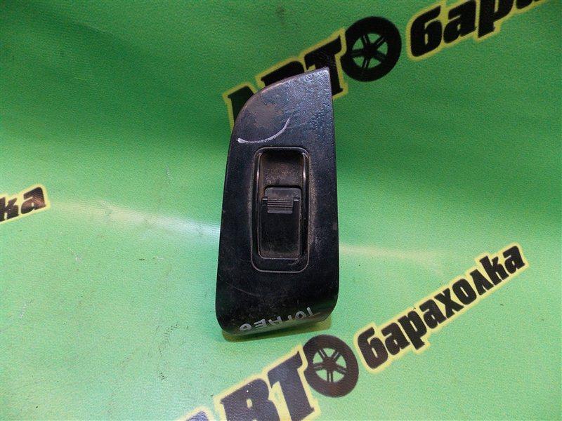 Кнопка стеклоподъемника Honda Torneo CF4 задняя правая