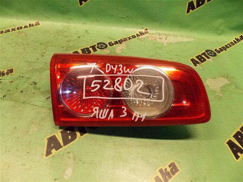 Вставка между стопов Mazda Demio DY3W ZJ задняя левая
