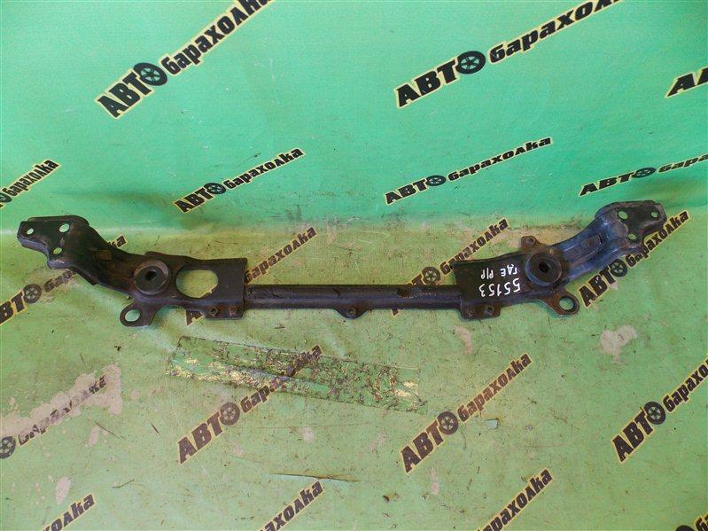 Планка телевизора Toyota Hiace KZH100 1KZ-TE 1998 передняя нижняя