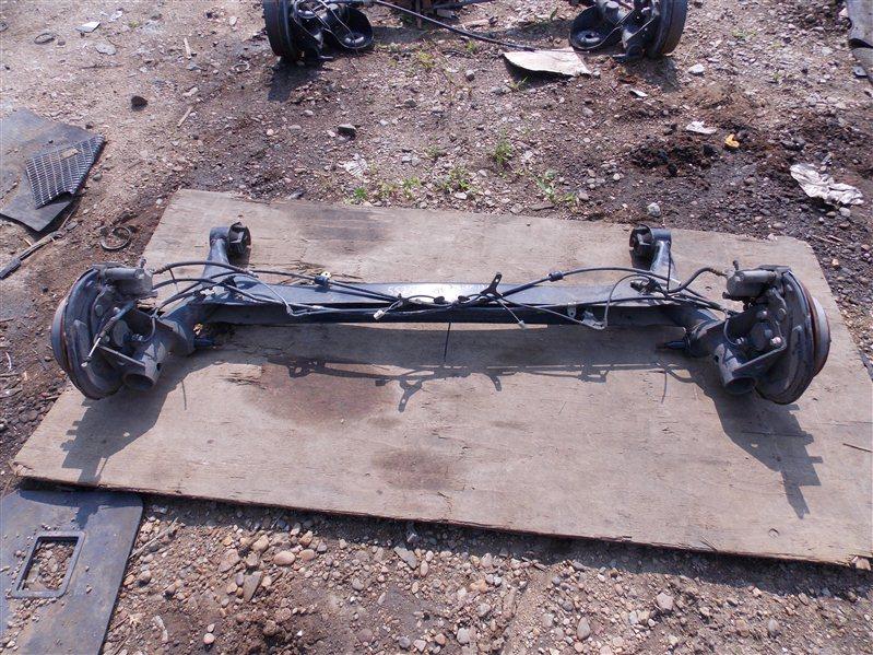 Балка со ступицами Toyota Vista AZV50 1AZ-FSE 2002 задняя