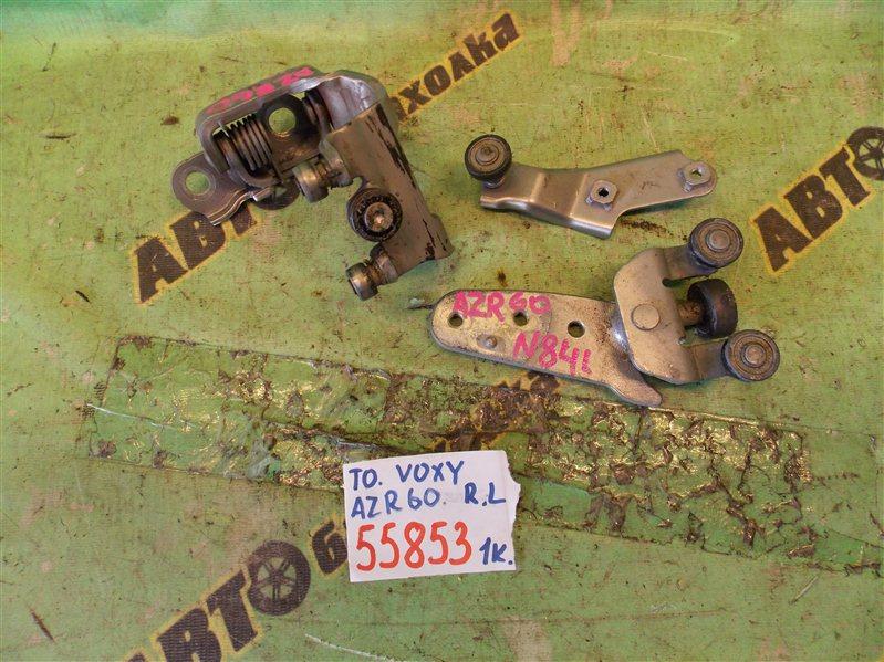 Ролик раздвижной двери Toyota Voxy AZR60 1AZ-FSE 2004 задний левый