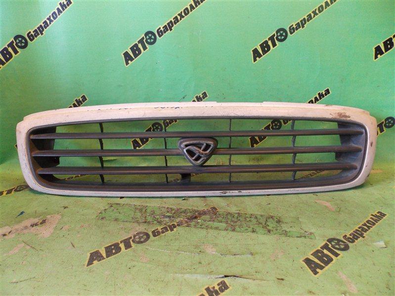 Решетка радиатора Mazda Mpv LV5W