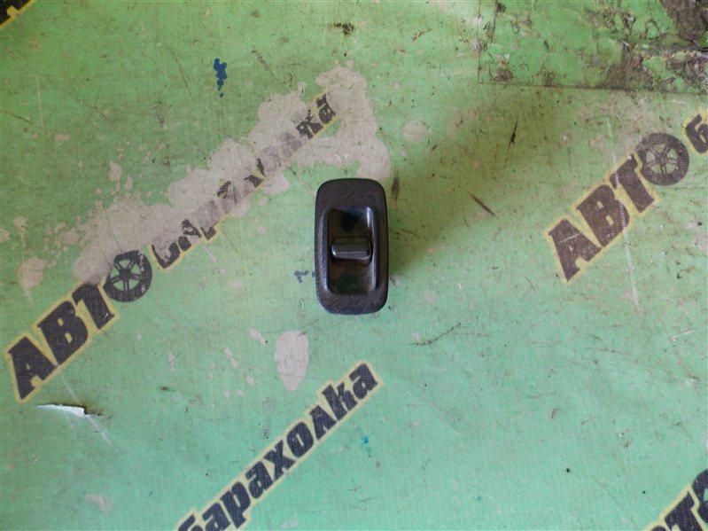 Кнопка стеклоподъемника Toyota Corona ST190 задняя правая