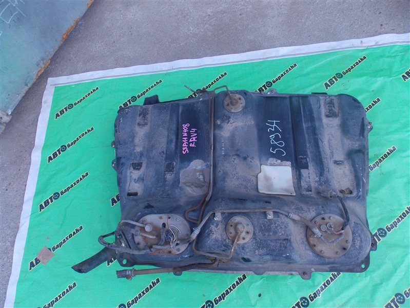 Бензобак Toyota Rav4 SXA11 3S-FE 1997