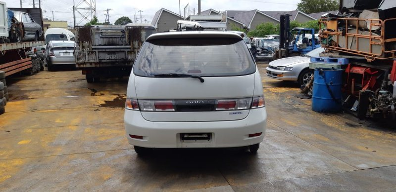 Бампер Toyota Gaia SXM10 3S-FE 2001 задний