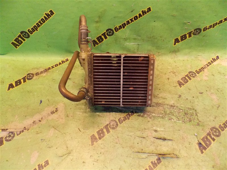 Радиатор печки Nissan Caravan E24