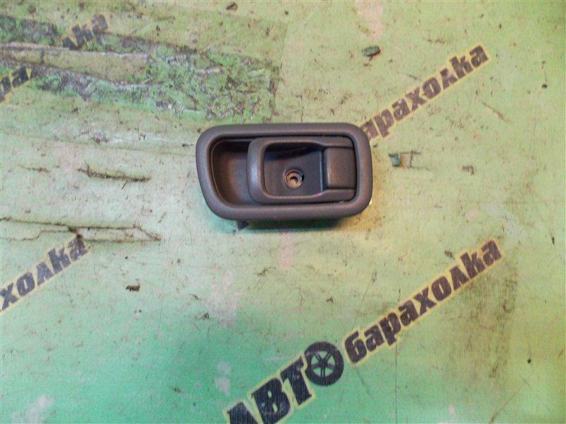 Ручка двери внутренняя Nissan Caravan QGE25 передняя правая