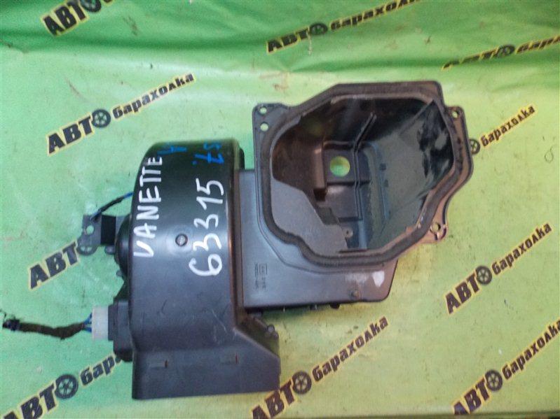 Мотор печки Nissan Vanette SS88HN F8 1997