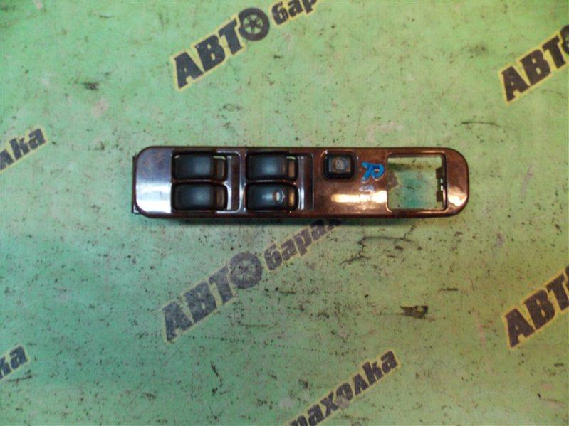 Пульт стеклоподъемника Mitsubishi Challenger K99W 6G74 передний правый