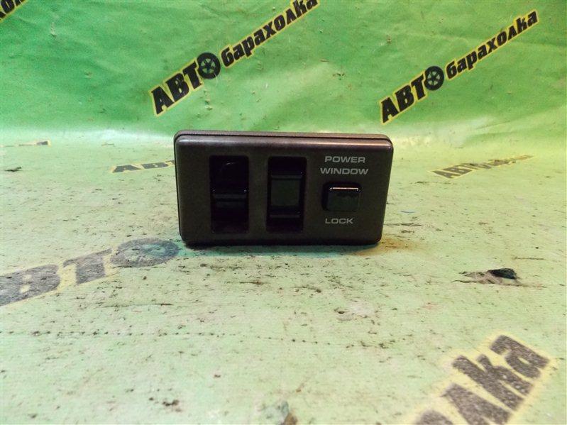 Пульт стеклоподъемника Nissan Terrano WBYD21 TD27 1989 передний правый