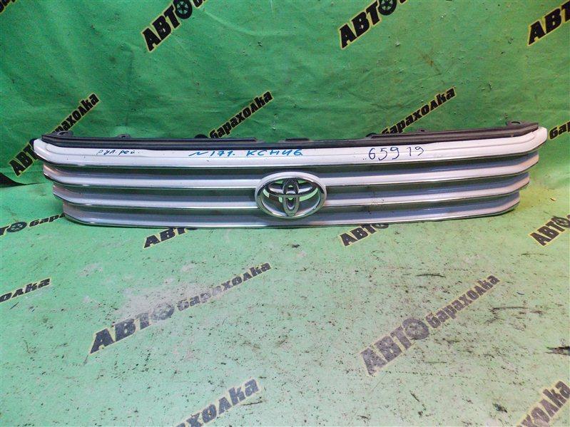 Решетка радиатора Toyota Hiace Regius KCH46 1KZ-TE 1999