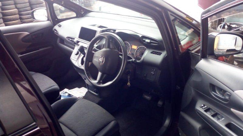 Торпедо Toyota Wish ZGE20 2ZR-FAE 2011