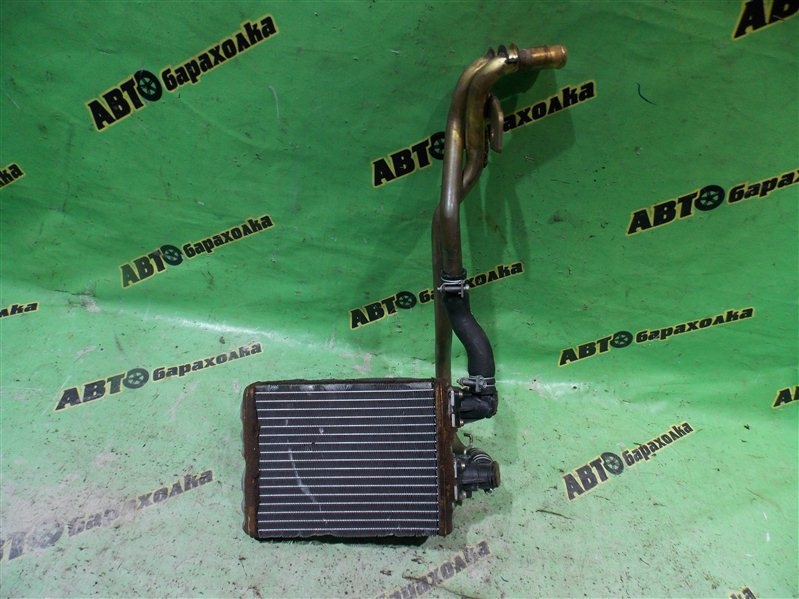 Радиатор печки Nissan Mistral R20 TD27T