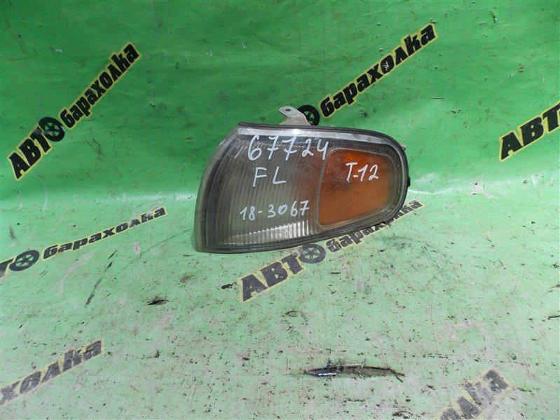Габарит Toyota Camry передний левый
