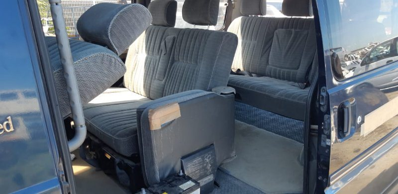 Сидения комплект Mitsubishi Delica P35W 4D56 1994