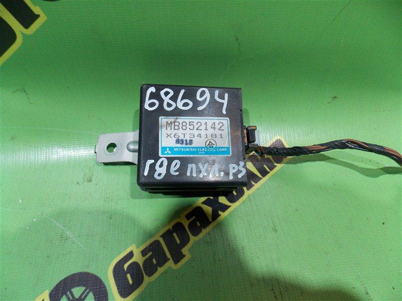 Блок управления зеркалами Mitsubishi Rvr N23W 4G63