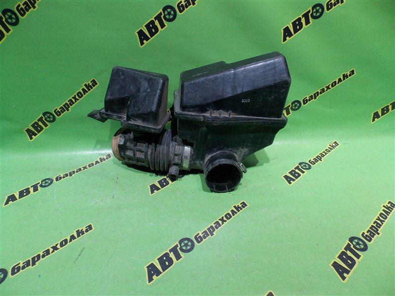 Гофра воздушного фильтра Nissan Laurel HC35 RB20(DE)