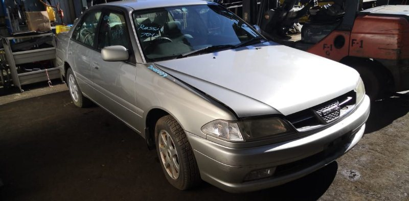 Капот Toyota Carina AT211 7A-FE 2000 передний
