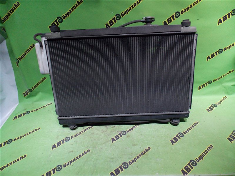 Радиатор основной Toyota Voxy AZR60