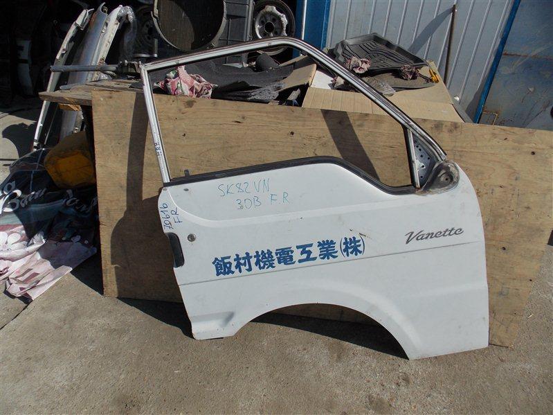 Дверь Nissan Vanette SK82VN F8 2002 передняя правая