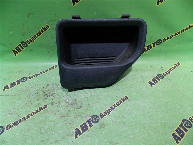 Крышка кармана Toyota Probox NCP50 2NZ-FE 2007 задняя