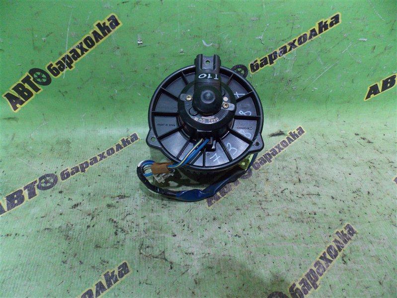 Мотор печки Toyota Platz NCP12 1NZ-FE 2001