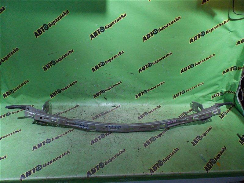 Планка под фары Nissan Serena RC24 QR25(DE) 2002 передняя